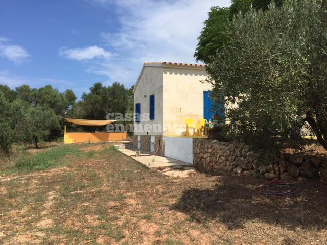 Country house near the sea with 15.000 m2 of land in Ciutadella - Ref. 2360