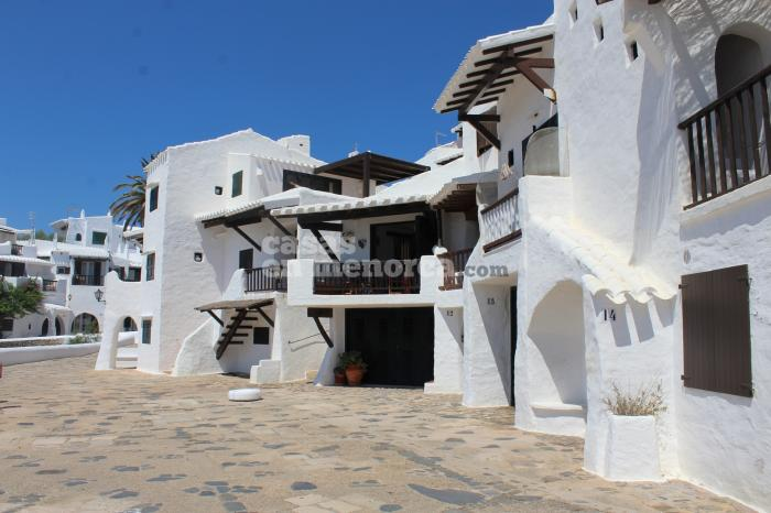 Modern villa with tourist license in Binibeca - Ref. 2592