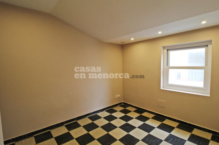 Renovated flat with terrace in the centre of Mahón - Ref. 2939
