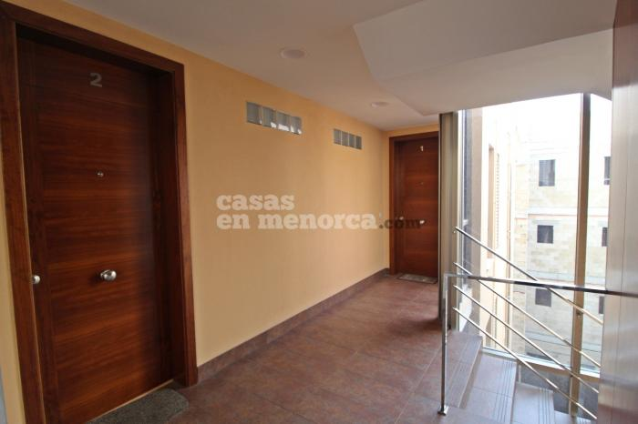 Modern flat with parking space and storage room in Mahón - Ref. 3184