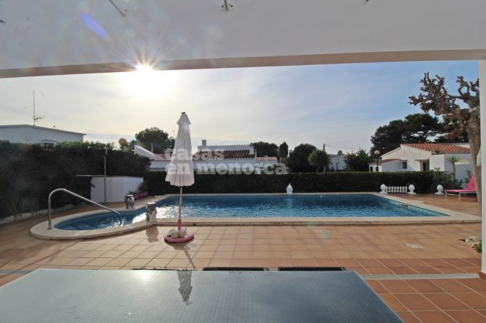 Impeccable villa with sea views in Punta Prima - Ref. 3246