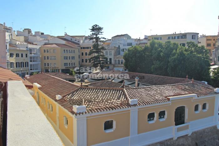 House comprising bar and a flat in the heart of Mahón  - Ref. 3283