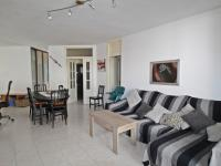 Spacious flat with lift and parking space in Mahón - Ref. 3064